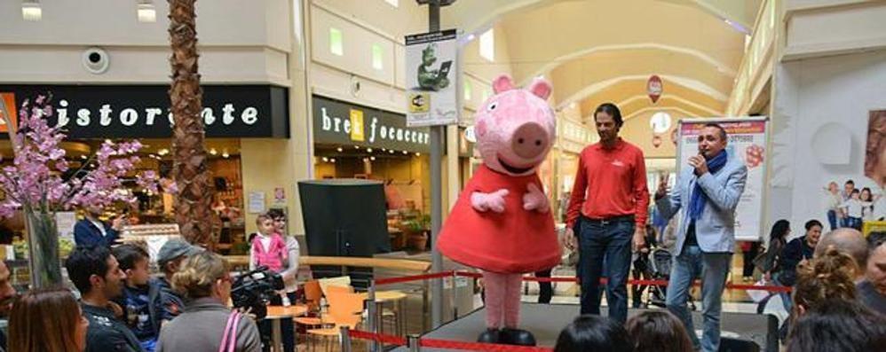 Curno: Peppa Pig, Mofy e golosità per i 23 anni del Centro commerciale