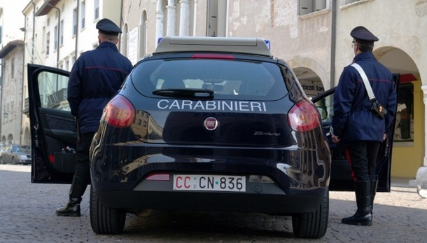 Uccide moglie, poi suicida a Cattolica