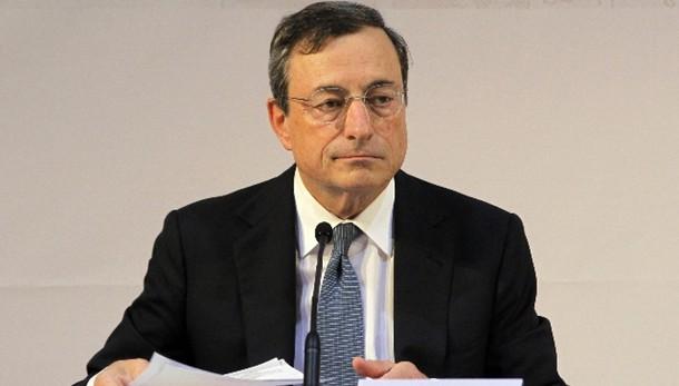 Cambi: euro poco mosso a 1,2525 dollari