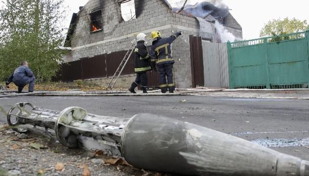 Ucraina: altri 7 civili uccisi a Donetsk
