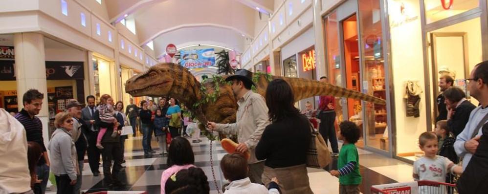 Un amico dei bambini A Curno c'è il dinosauro Dino
