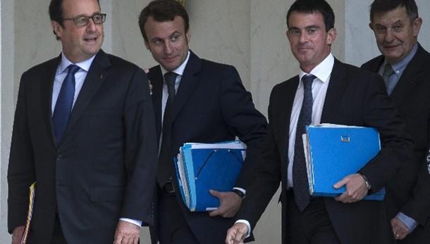 Hollande, crescita è priorità per tutti