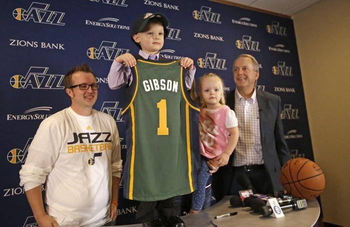 Jo Gibson e la divisa personalizzata degli Jazz