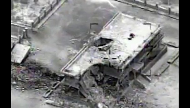 Isis: 40 jihadisti uccisi in raid Kobane
