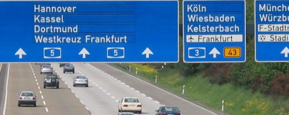 L'ultima dei «cugini» tedeschi Gli stranieri pagano le autostrade