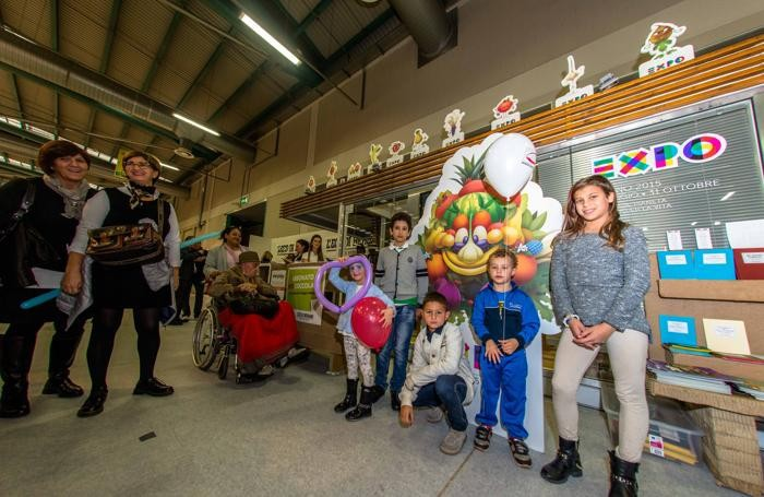 Foody mascotte di expo allo stand de L'Eco Cafe