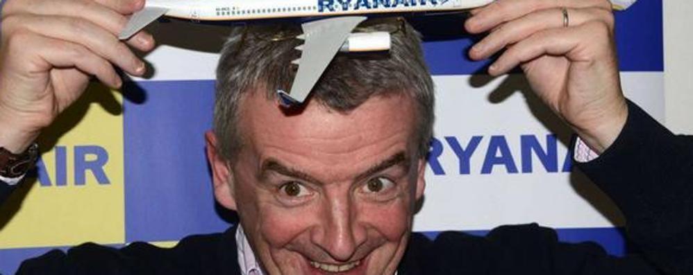 Ryanair spariglia le carte «Corteggiati da Linate e Malpensa»