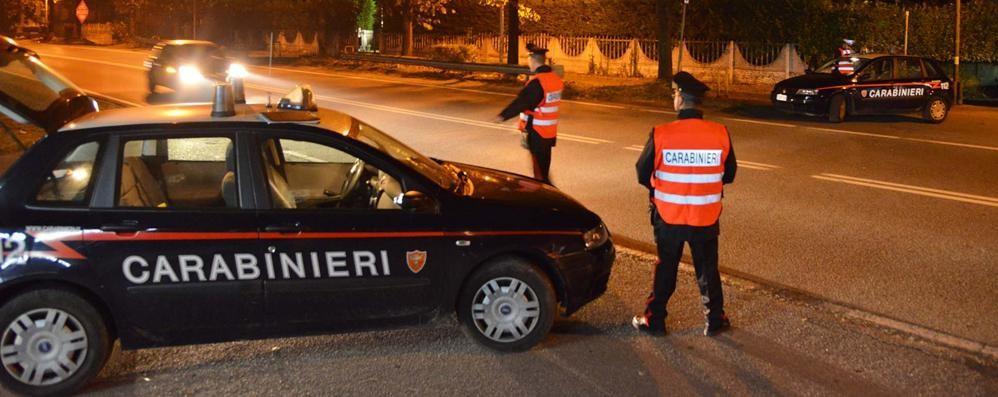 Malmena carabiniere e vigile Arrestato un brasiliano alterato