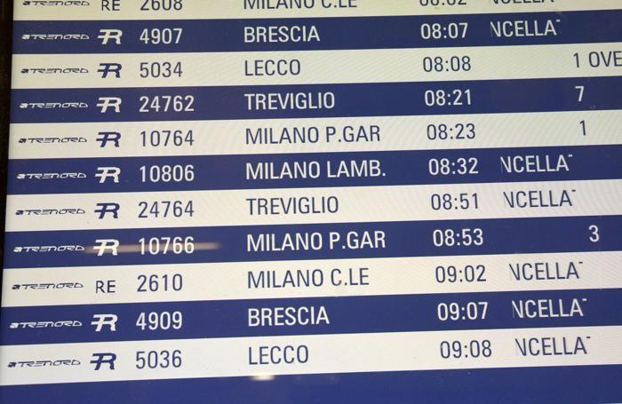 Treni cancellati e ritardi in stazioneBedolis