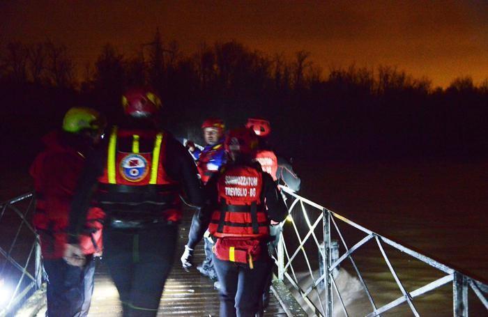 L'intervento dei soccorritori a Cassano