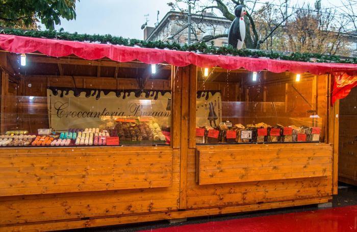I mercatini di Natale in piazzale Alpini