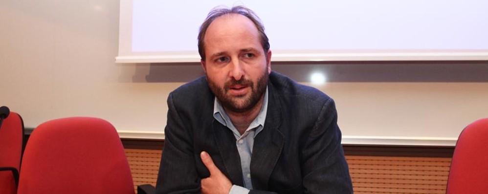 Firme false, Rossi patteggia  Ma i grillini: «Deve dimettersi»