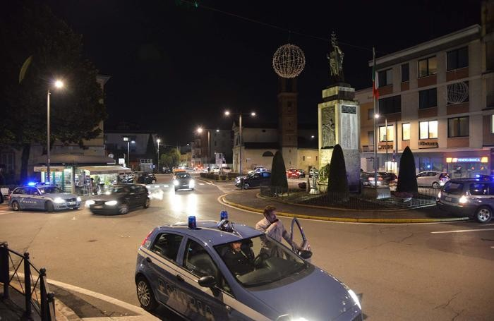 I controlli della polizia a Treviglio