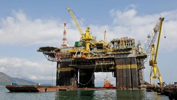 Petrolio: in calo a 74,41 dollari