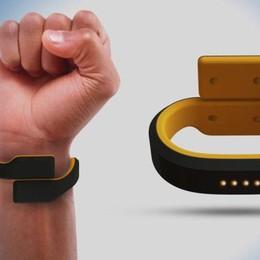Attenzione, arriva «Pavlok» il bracciale contro le cattive abitudini