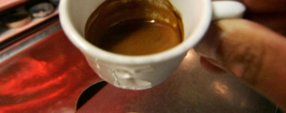 «Il tempo di bere un caffè al bar ... e mi hanno rubato il Suv nuovo»