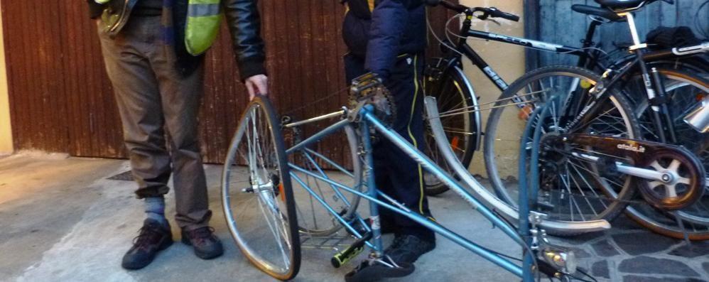 Ciclista investita da un quad Che si dilegua nel traffico a Seriate