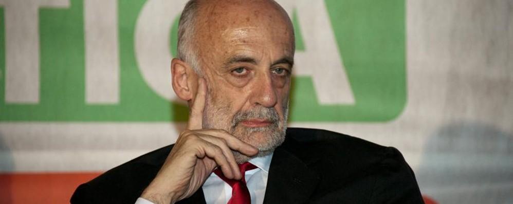 Consiglieri regionali, ecco i redditi L'ex sindaco Bruni è il più «ricco»