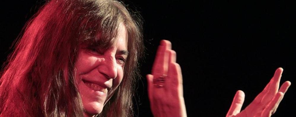 Patti Smith e Brignano sold out Bergamo tra musica e cabaret