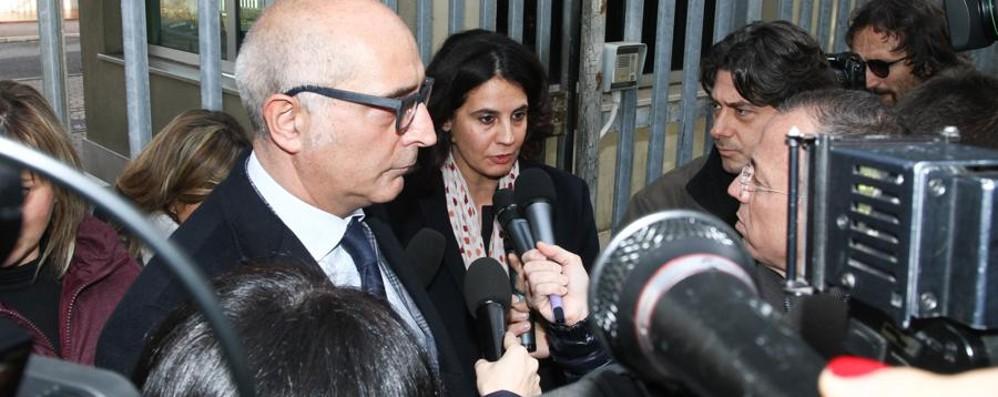Yara, Bossetti non risponde al pm I  suoi difensori attaccano il cappellano