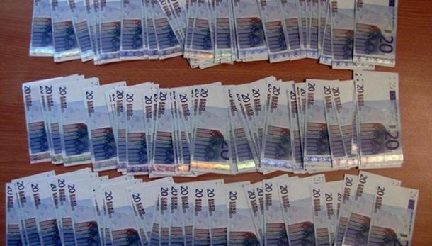Da Napoli 90% euro falsi nel mondo