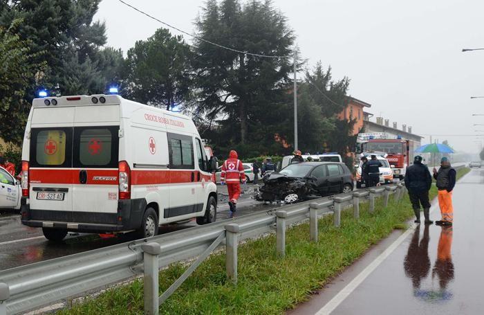 I soccorsi in via Bariano