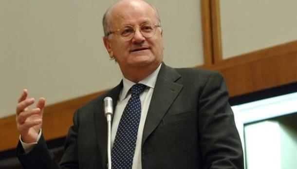 Telecom: processo a Elio Catania