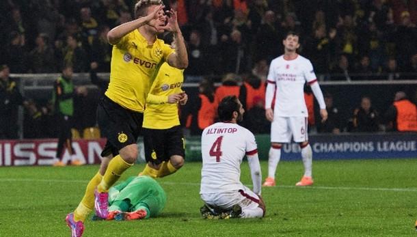 Champions: Real e Dortmund negli ottavi