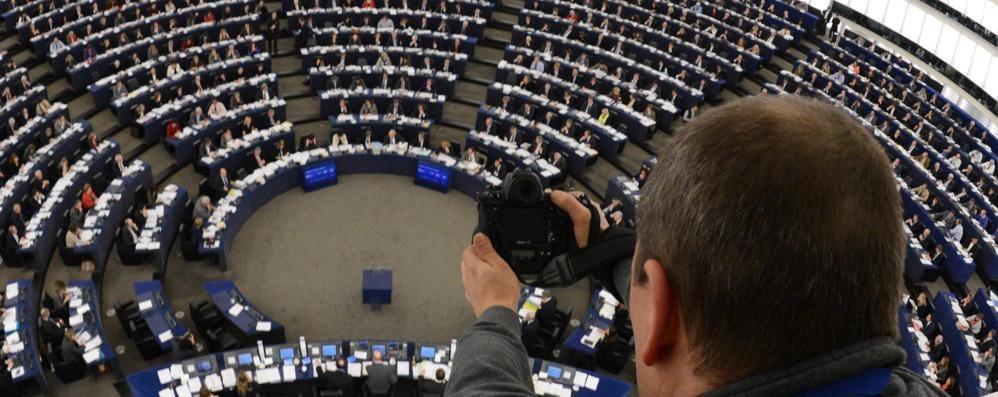 L'Europa sprecona che fa le pulci