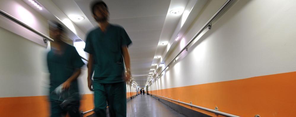 Sanità privata: in 200 al presidio Aspettano un contratto da 7 anni