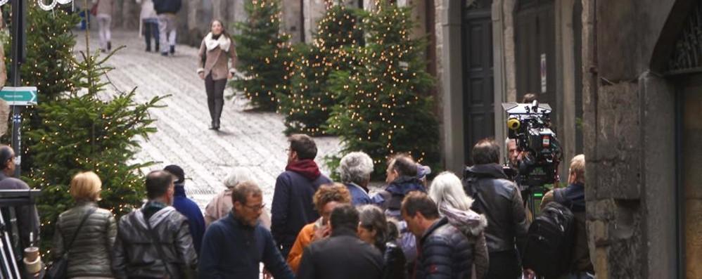Spot Sky, in Città Alta è già Natale Guarda la fotogallery del set