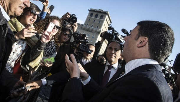 Ue: Renzi,non vado con cappello in mano