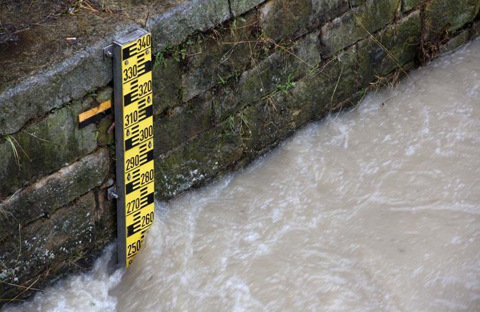 Il livello del Serio all'altezza del ponte di viale Italia a Seriate