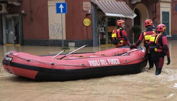 Piogge e sfollati a Nord,paura a Carrara