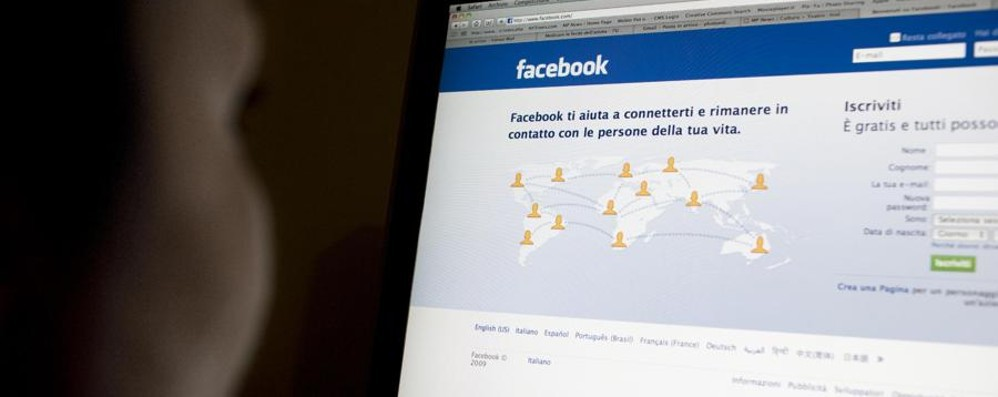 Messaggi ingiuriosi via Facebook Geometra condannato per stalking