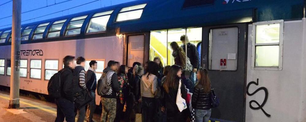 Treno delle 8,02 per Milano Piove sul bagnato, anzi sul bruciato...