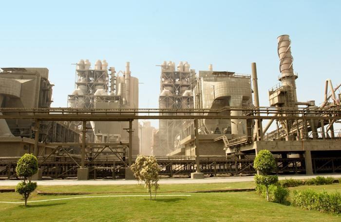 Lo stabilimento Italcementi in Egitto