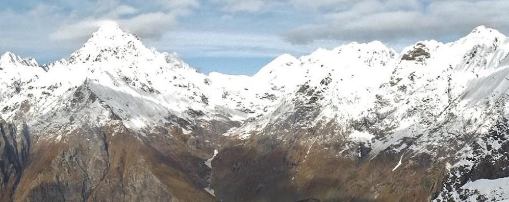Neve in montagna, è spettacolo Ma c'è già il rischio di valanghe