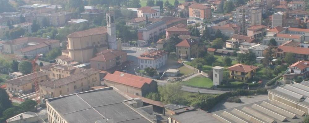 Ondata di furti a Ranica: «Terreno incolto covo dei ladri»