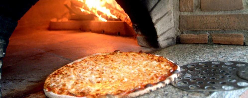 Gestisce tre pizzerie in tre Comuni «Tasse diverse: a Ponte il 162% in più»