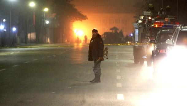 Kabul, kamikaze in Centro francese