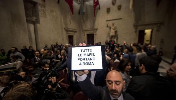Mafia Roma: Fi, via da Campidoglio