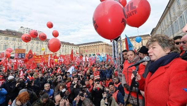 Renzi, rispetto sciopero, ma noi avanti