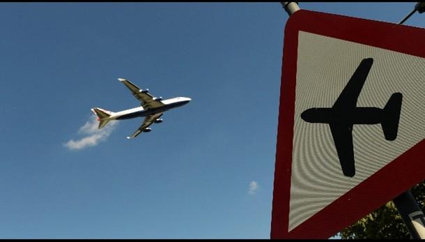 Spazio aereo su Londra riaperto
