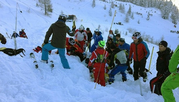 Valanga uccide escursionista nel Cuneese