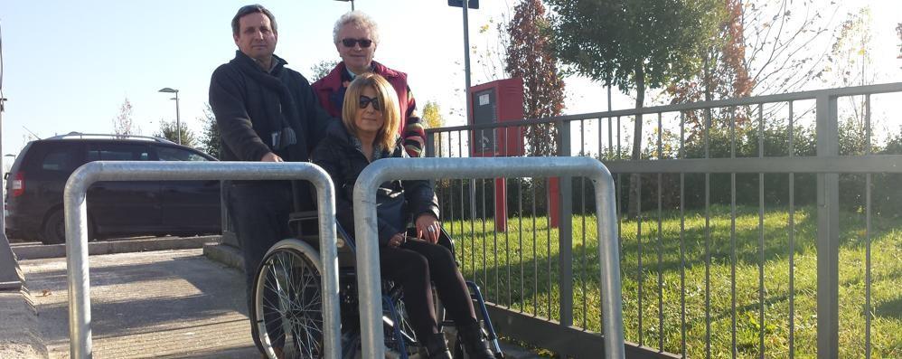 Ospedale: barriere anti-moto Ma così si bloccano anche i disabili