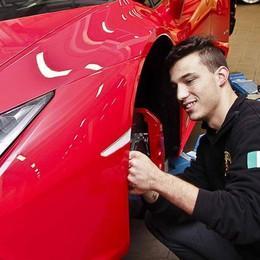 A 20 anni nel team carrozzieri Bonaldi Mirko scopre i segreti delle Lamborghini