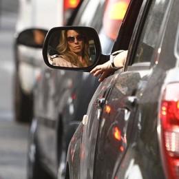 Bergamo non può fare a meno dell'auto C'è una macchina ogni due abitanti