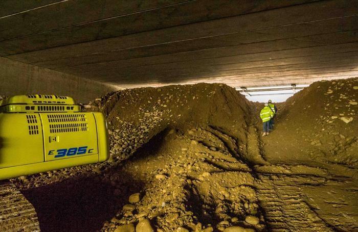 L'abbattimento dell'ultimo diaframma del tunnel di 70 metri che garantisce il raccordo tra Teem-A58 e A4