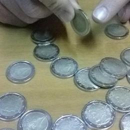 Quelle monete da due euro  Denunciata una 18enne di Romano